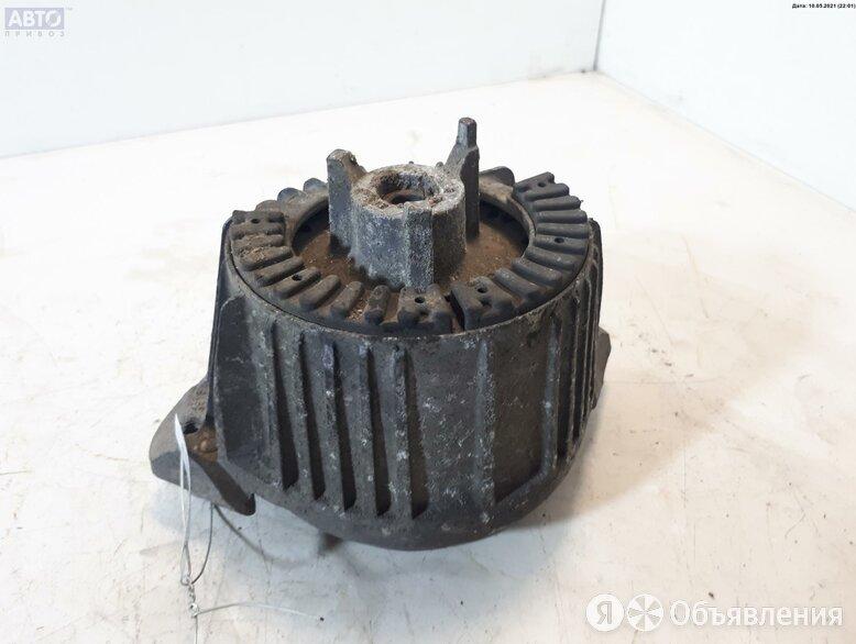Подушка крепления двигателя Mercedes W204 (C) 2.2л Дизель TD 2042400317 по цене 1800₽ - Двигатель и топливная система , фото 0