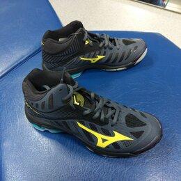 Обувь для спорта - Кроссовки волейбольные MIZUNO Wave Lightning MID, 0