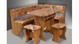 Мебель для кухни - Кухонный уголок со столом и табуретами Оптима, 0