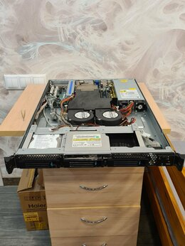Серверы - Сервер Intel 1U SR1530HSH в рабочем состоянии, 0