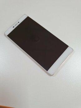 Мобильные телефоны - Huawei P8, 0