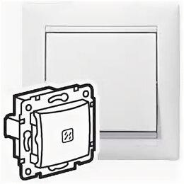 Электроустановочные изделия - Выключатель одноклавишный Valena скрытой установки IP20 с подсветкой белый 69..., 0
