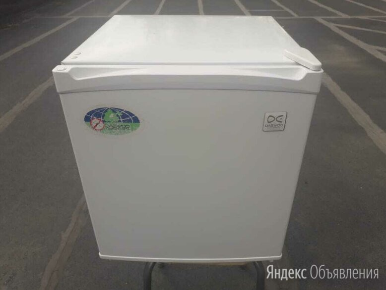 Холодильник daewoo electronics fr-061a  по цене 7500₽ - Холодильники, фото 0