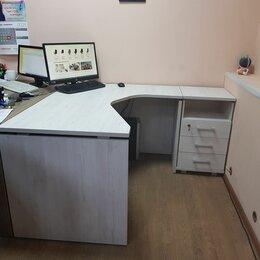 Компьютерные и письменные столы - Офисная мебель. Стол письменный угловой, тумба приставная, 0