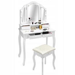 Столы и столики - Туалетный столик, три зеркала, 0