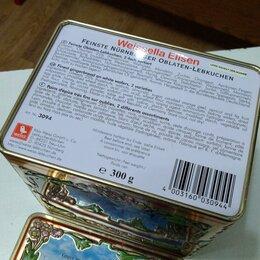 Электрические зубные щетки - Музыкальная шкатулка( коробка из под конфет)). 70-е годы..Германия..НЮРНБЕРГ, 0