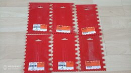 Шпатели - Пластмассовый зубчатый шпатель 170х110 мм Дельта , 0