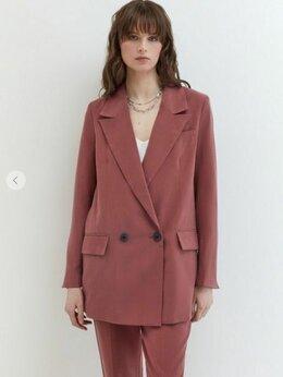 Пиджаки - НОВЫЙ удлиненный двубортный пиджак жакет ZARINA, 0