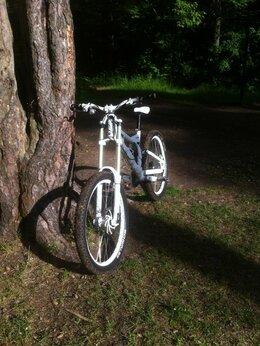 Велосипеды - Даунхильный Двухподвес Stark Devolution 26, 0