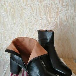 Ботинки - Бутики, 36 размер, натуральная кожа, высота каблука 7см , 0