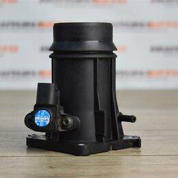 Двигатель и топливная система  - Патрубок впускного коллектора Мерседес W204, 0
