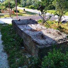 Железобетонные изделия - блок бетонный с закладными болтами, 0