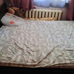Кровати - Двухспальная кровать с матрасом, 0