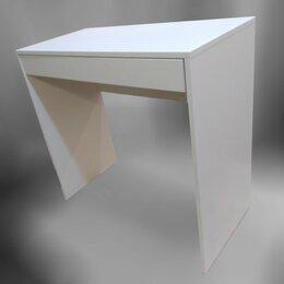 Столы и столики - Столик туалетный, 0