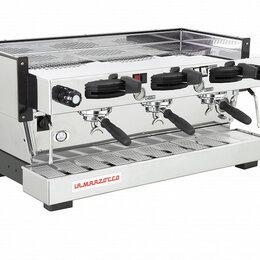Кофеварки и кофемашины - Профессиональная кофемашина La Marzocco Linea Classic MP 3GR, 0