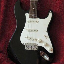 Электрогитары и бас-гитары - Splendor Stratocaster Matching Headstock Japan, 0