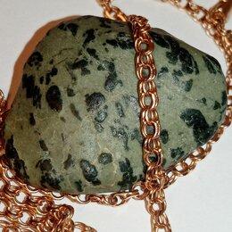 Другое - Зелёная яшма  полудрагоценный камень, 0