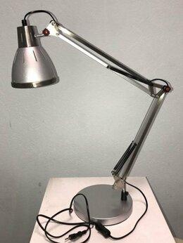 Настольные лампы и светильники - Настольная лампа  E-27 серая-металлик, 0