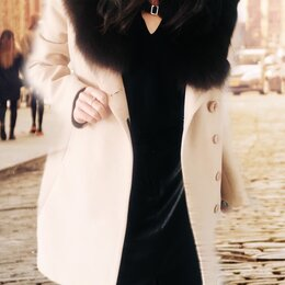 Пальто - Пальто новое с мехом песца , 0