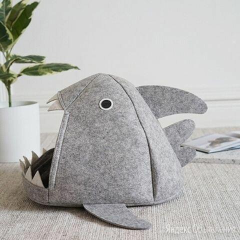 Домик для кошки «Акула» войлочный по цене 1600₽ - Лежаки, домики, спальные места, фото 0