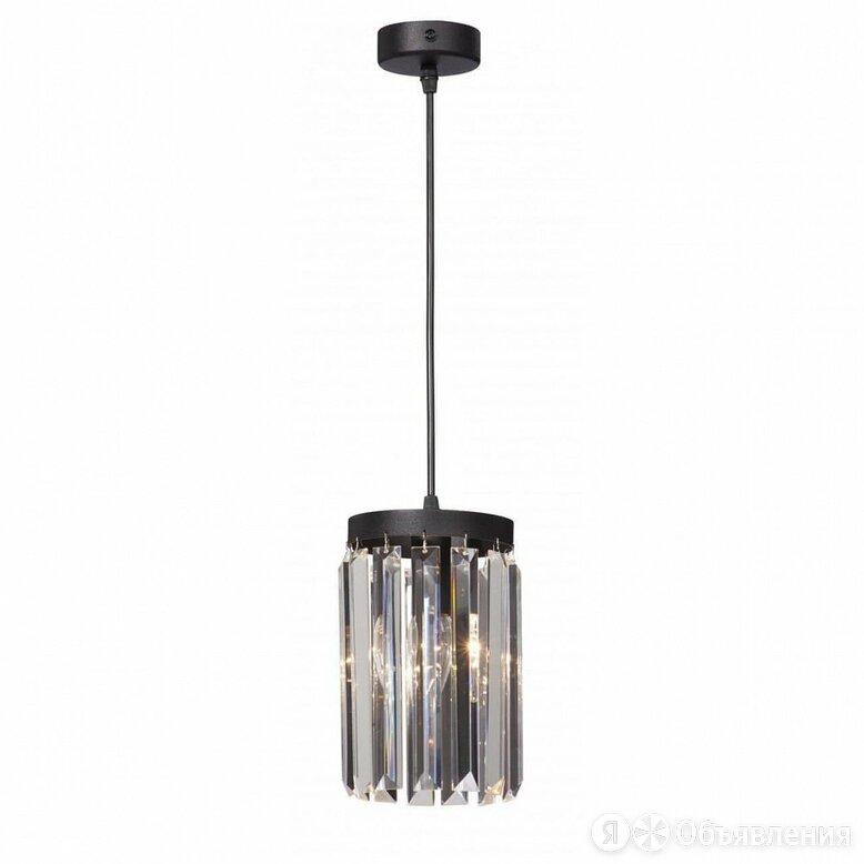 Подвесной светильник Vitaluce V5151-1/1s по цене 2791₽ - Люстры и потолочные светильники, фото 0