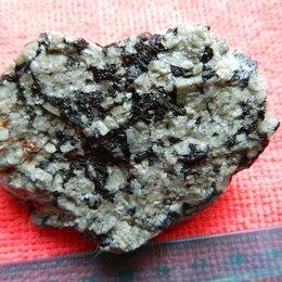 Другое - Аппатито-нефелиновая руда., 0