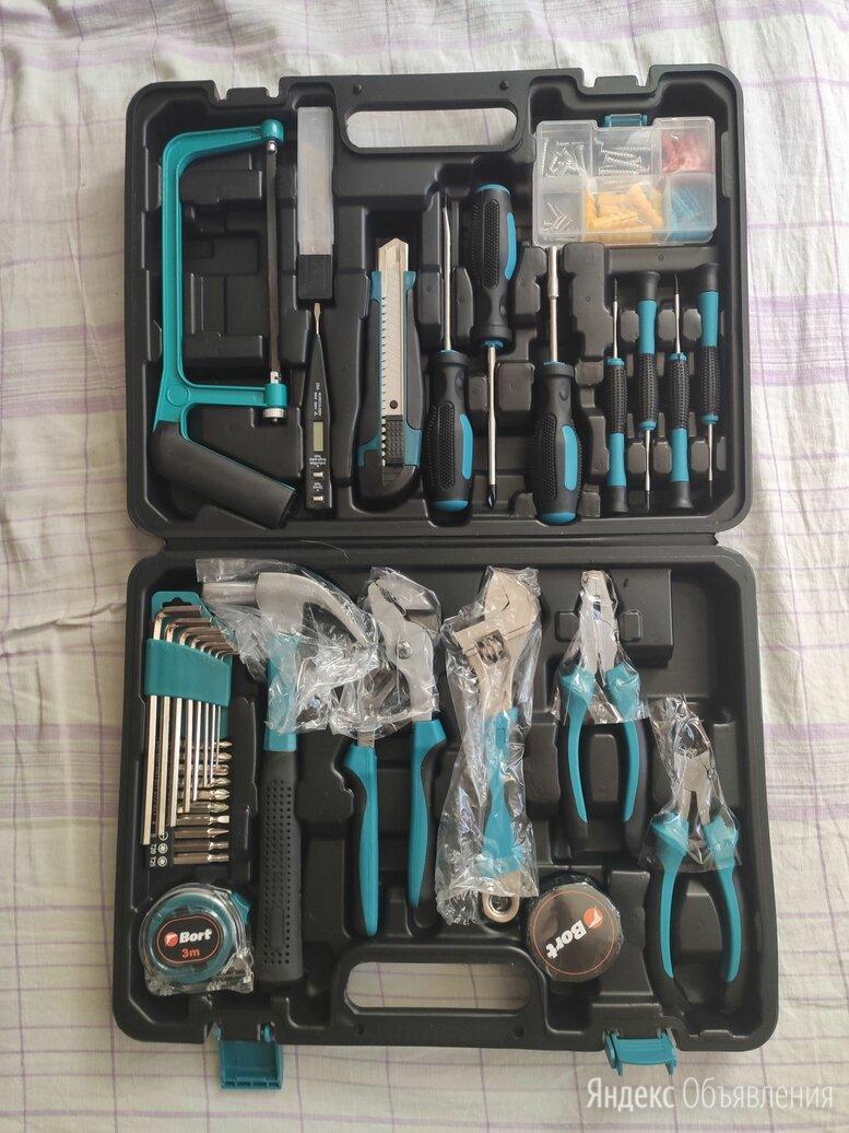 Набор инструментов Bort BTK-100  по цене 2500₽ - Наборы инструментов и оснастки, фото 0