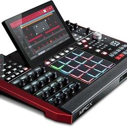 Оборудование для звукозаписывающих студий - AKAI PRO MPC X, 0