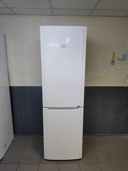 Холодильники - Аристон 195 см , 0