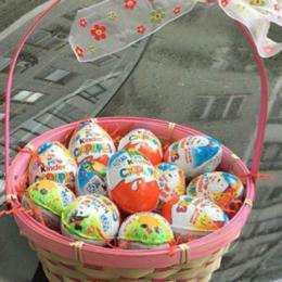 Киндер-сюрприз - 12 киндер яиц в корзине, 0