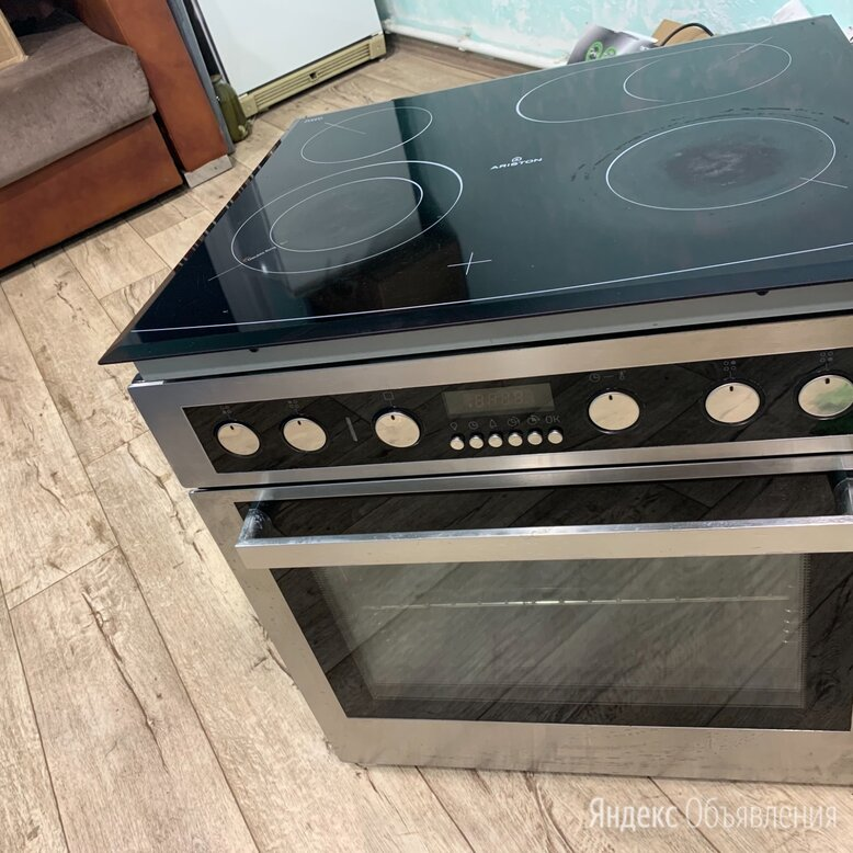 Ariston-Электрическая керамическая поверхность и духовой шкаф Ariston по цене 15000₽ - Плиты и варочные панели, фото 0