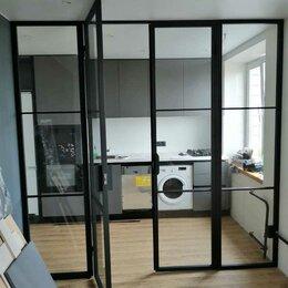 Межкомнатные двери - Стеклянная перегородка с распашной дверью, 0