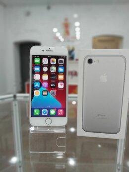 Мобильные телефоны - Смартфон Apple iPhone 7 256GB, 0