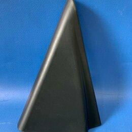 Кузовные запчасти  - Накладка (треугольник) правой задней двери внутренняя Kia Soul Soul 3, SK3 с 201, 0