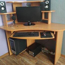 Компьютерные и письменные столы - Угловой компьютерный стол с полками и выдвижной полкой, 0