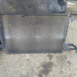 Двигатель и топливная система  - Радиатор кондиционера Volkswagen Golf 5 06-11, 0
