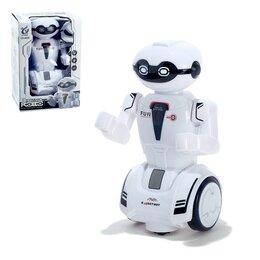 Роботы и трансформеры - Робот «Шустрик», световые и звуковые эффекты, работает от батареек, 0