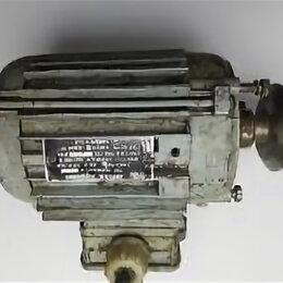 Электроустановочные изделия - Электродвигатель асинхронный тип 4ААМ56В2У3 3 фаз 2.745 об/мин ГОСТ 183-74, 0