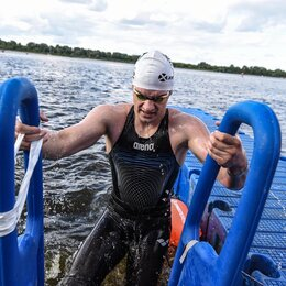 Спорт, красота и здоровье - Тренер по плаванию , 0