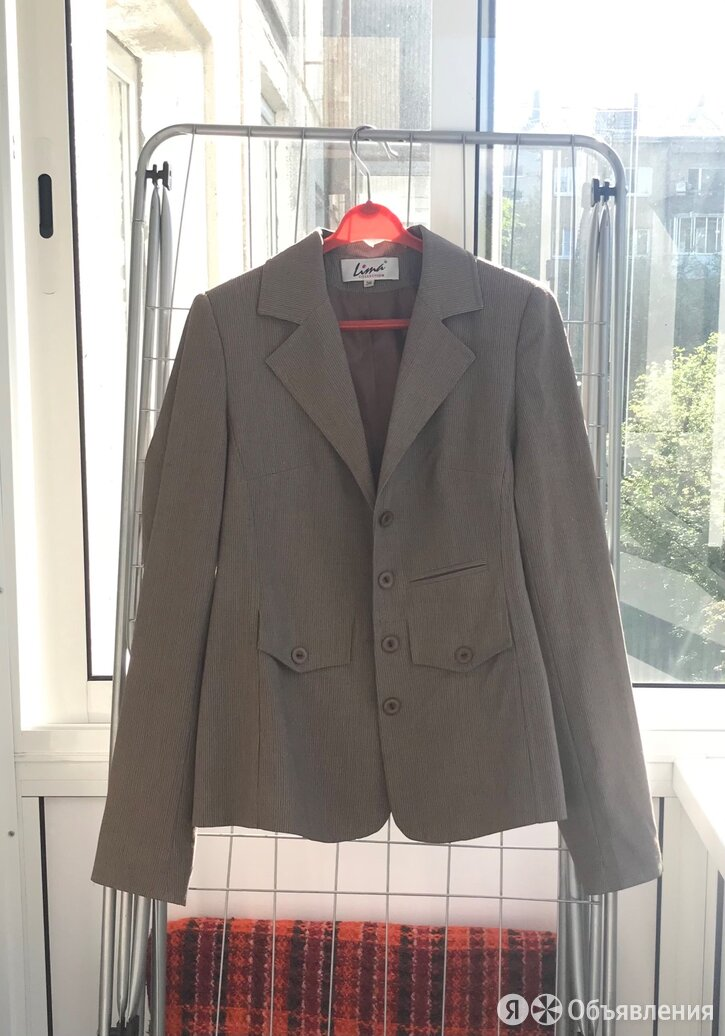 Брючный костюм женский 42-44 по цене 2000₽ - Костюмы, фото 0