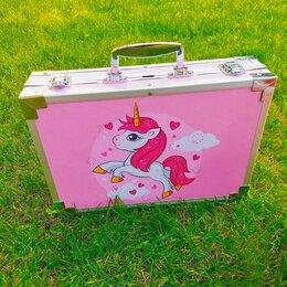 Рисование - Набор для рисования и творчества в чемоданчике (Розовый с Единорогом) , 0
