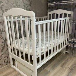 Кроватки - Детская кровать с маятником, 0