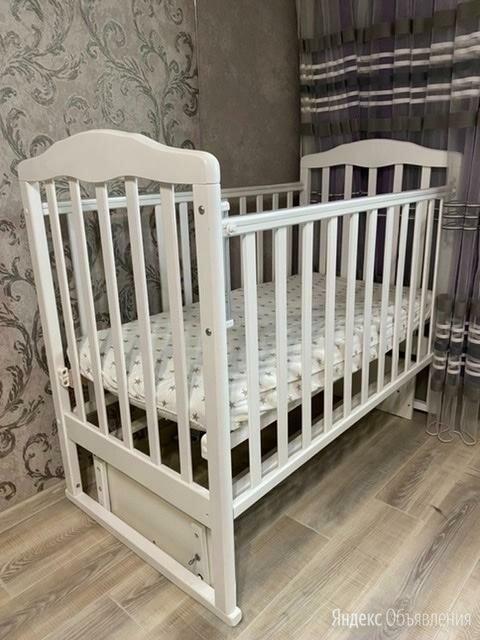 Детская кровать с маятником по цене 3500₽ - Кроватки, фото 0