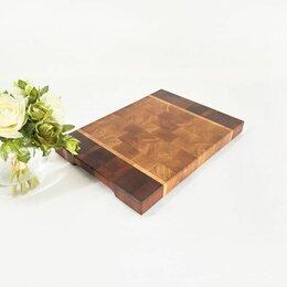 Разделочные доски - Торцевая доска из дуба и красного дерева 350х250х30 мм, 0
