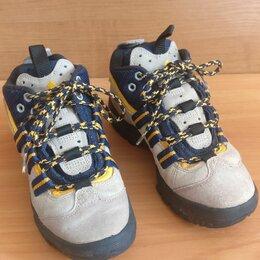 Кроссовки и кеды - Кроссовки Adidas на Мощной Устойчивой Подошве, 0