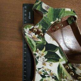Босоножки - Фирменные босоножки  Dolce & Gabbana  б/у в отличном состоянии, 0