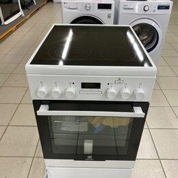 Плиты и варочные панели - Электрическая плита Electrolux EKC954908W, 0
