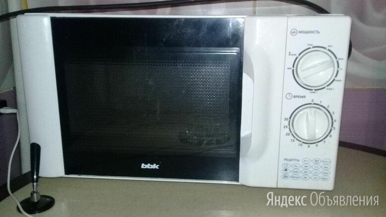 Микроволновая печь bbk 20mwg-743m/w по цене 2000₽ - Микроволновые печи, фото 0