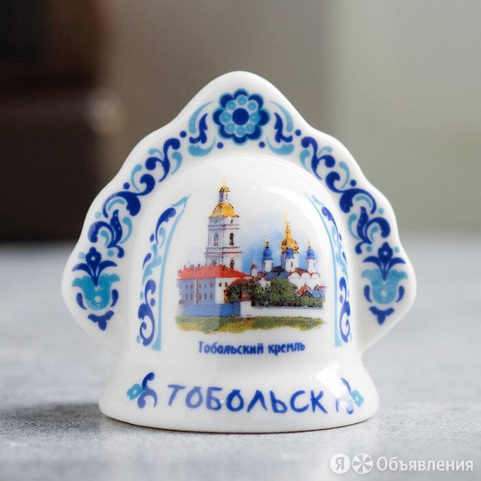 Колокольчик в виде кокошника «Тобольск. Кремль» по цене 257₽ - Комплекты, фото 0