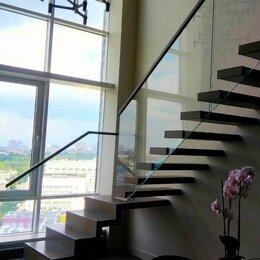 Лестницы и элементы лестниц - Консольная лестница на стекле, 0